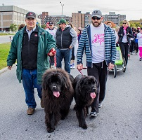 Gerda & Moufle (Troy & Jean-Charles) walk for the cure!